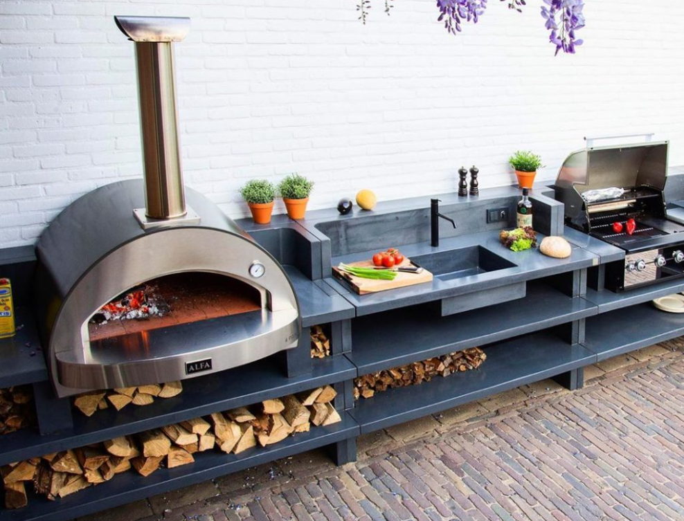 How Do I Heat The Pizza Oven